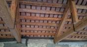 legno di abete e tavelle in cotto di recupero